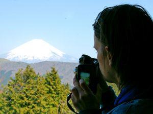 Riksja reiziger tijdens excursie mount Fuji