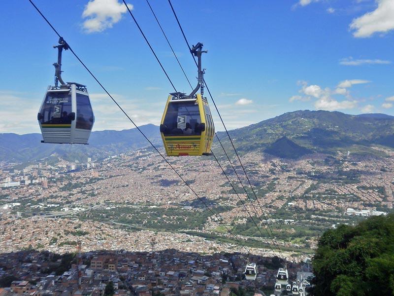 Kolumbien Individualreisen Medellin Seilbahn Abenteuer