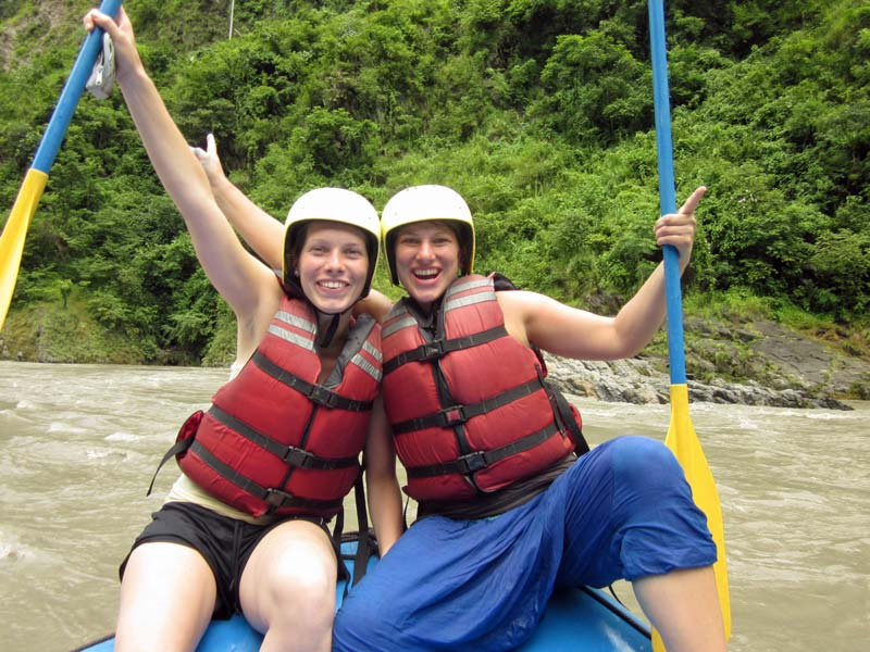 kolumbien -mit-kindern-rafting-san-gil