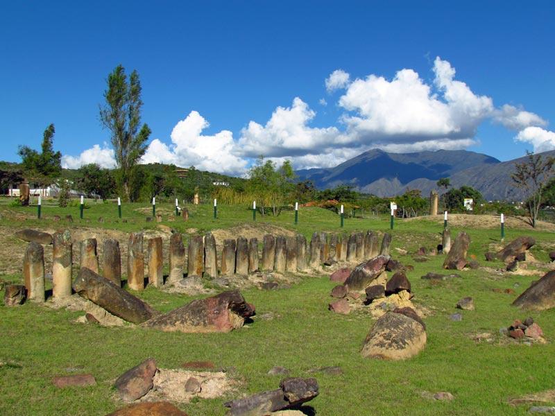 Die Stätte El Infernito in der Nähe von Villa de Leyva