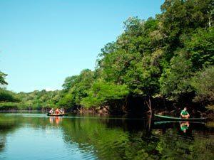 Bootsfahrt von Leticia zur Dschungellodge