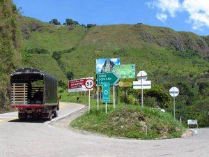 Straße von San Agustin in Kolumbien nach Popayan