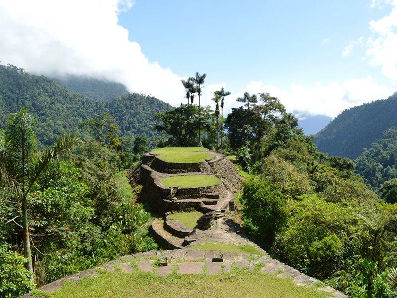 kolumbien-ciudad-perdida-terrasse