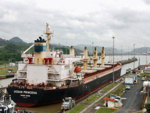 Panamakanal bei Kolumbien Panama Kombireise