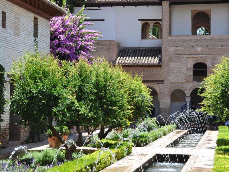 Urlaub in Andalusien Granada Alhambra Wassergarten