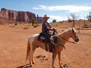MonumentValley_cowboy