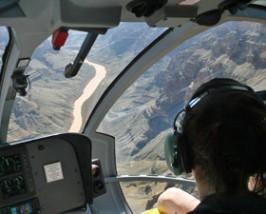 Helikoptervlucht bij de Grand Canyon