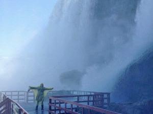falls-caveofwinds