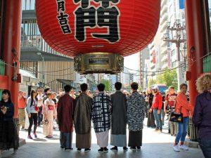 Tempel Asakusa bei Reise von Tokio nach Kyoto