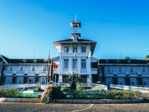 Stadt im Kolonialstil 3 Wochen Madagaskar