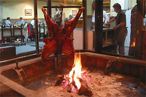 Patagonie rondreis: grill restaurant