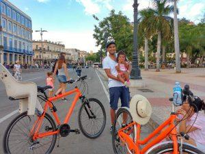 Havana met kinderen - op de fiets