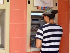 Visum en geld - Pinnen op Cuba