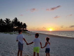 Varadero - Cuba strand met kinderen