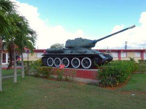 Varkensbaai - tank bij museum