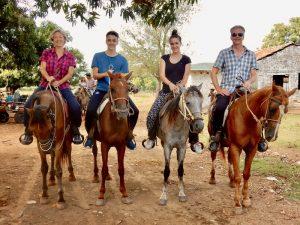Rondreis Cuba drie weken - paardrijden Vinales