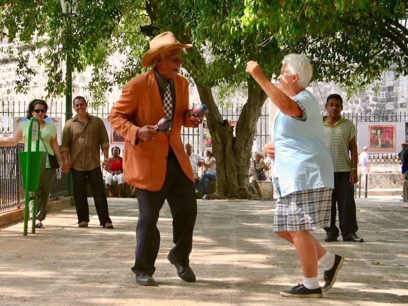 Santiago-de-cuba-sala