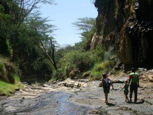 Kenia vakantie twee weken - hike Hells Gate