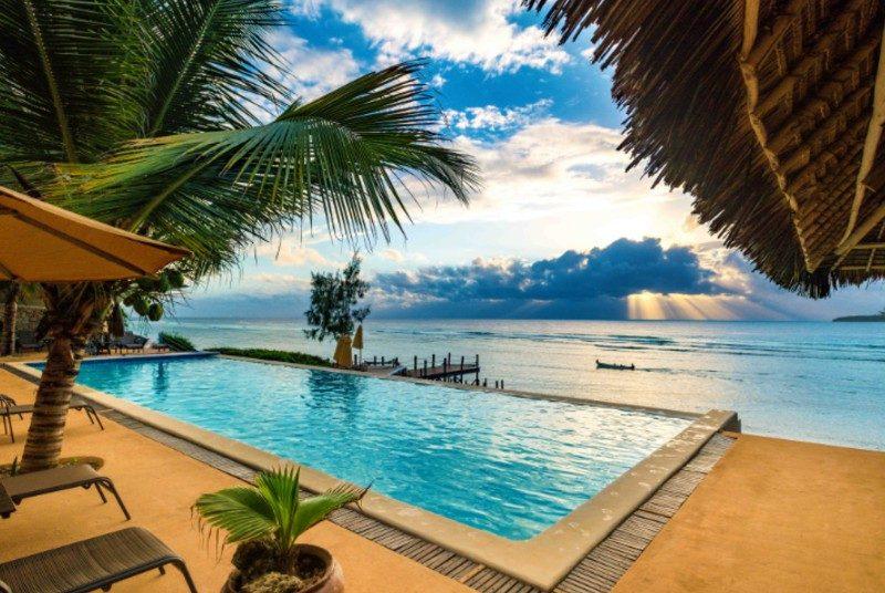 Zanzibar Special Stay - zwembad met uitzicht