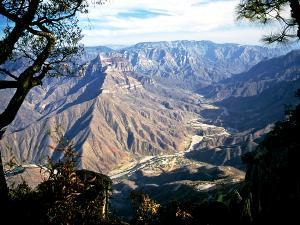 Blick auf die Schluchten des Kupfercanyons
