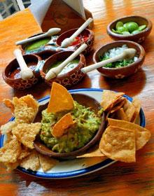 Nachos mit Guacamole