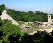 Mystische Dschungeltempel bei Palenque
