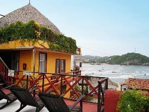 Ausblick auf die Bucht von Puerto Angel