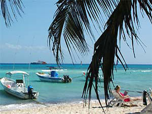Yucatan Strand mit Booten