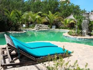 mexiko-holbox-hotel-pool
