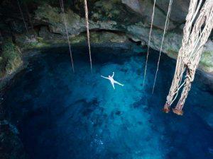 Schwimmen in den Cenoten bei Merida