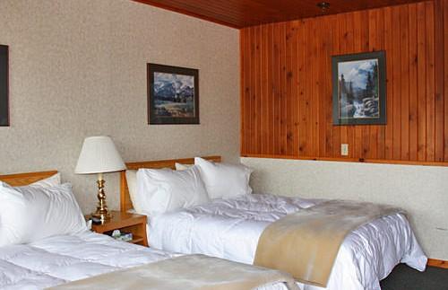 Kamer bij hotel Icefields Parkway