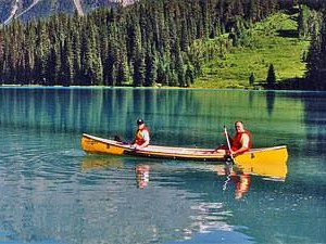 Rocky Mountains - kayakken Canada