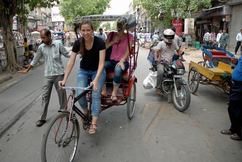 Fahrt mit der Fahrradrikscha auf der Gruppenreise Nordindien