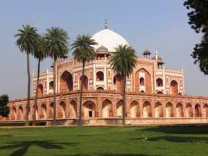 Fotoshooting vor dem Humayun Tomb in Delhi