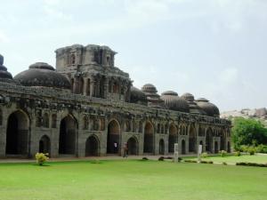 Kulturelle Bauten von Hampi