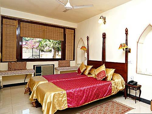 indisches schlafzimmer – abomaheber, Modernes haus