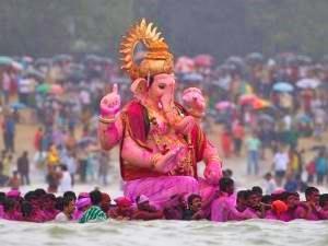 Pinke Ganesha Statue