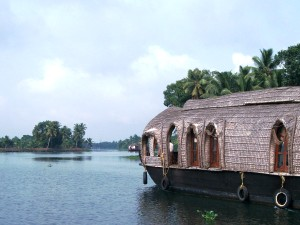 Hausboot in den Backwaters, Kerala