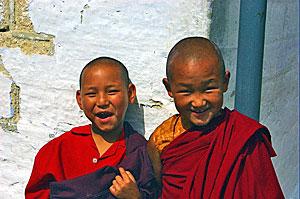 Junge Mönche bei Indien Rundreise mit Sikkim