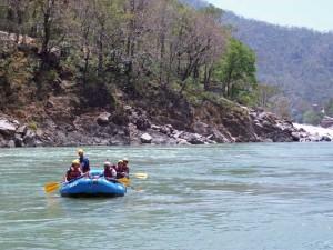 Bootsfahrt über den Ganges bei Indien Rundreise