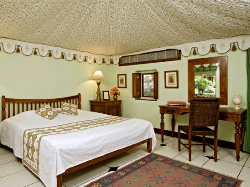 So gut sind die Hauszelte in Samode bei Iherer Nordindien Reise ausgestattet.