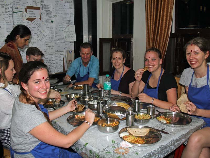 Essen beim Kochkurs in Udaipur auf einer Rundreise durch Indien