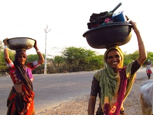 Frauen aus einem Gujarati Dorf