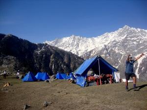 Camp während des Trekking im Himalaya
