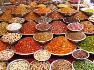 Gewürzmarkt bei Indien Rundreise mit Kindern