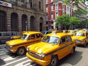 kolkata-taxi-gelb