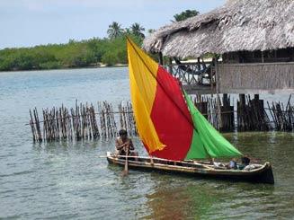 Kleurrijke Kuna tijdens Panama vakantie
