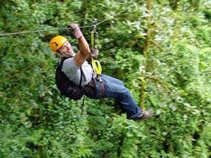 monteverde canopy tour costarica