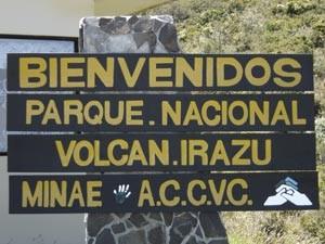 bord-volcan-irazu-np