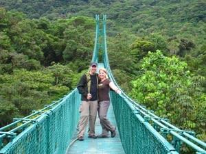 costa-rica-hangbrug